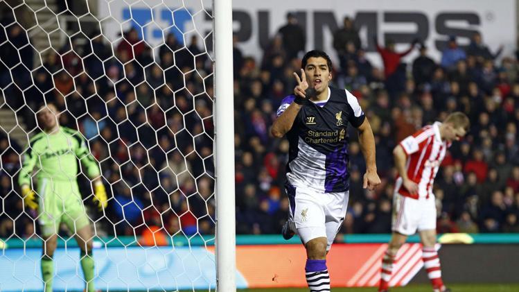سواريز يواصل تألقه مع ليفربول