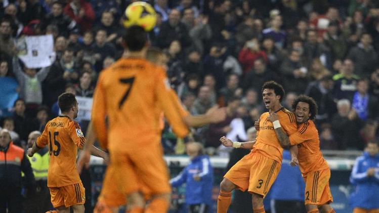 ريال مدريد يقلص الفارق مع المتصدرين برشلونة وريال مدريد
