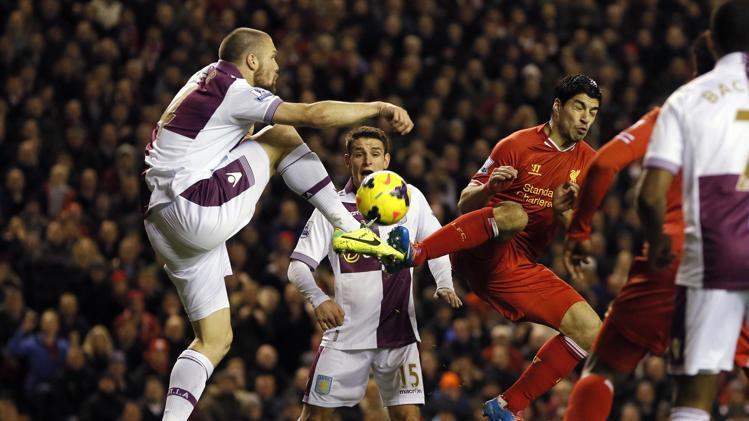 ليفربول يسقط في فخ التعادل على أرضه أمام أستون فيلا