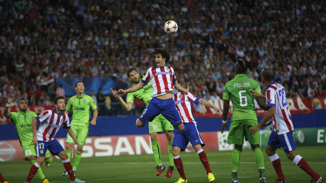لقطة من مباراة أتلتيكو ويوفنتوس في ملعب فيسنتي كالديرون