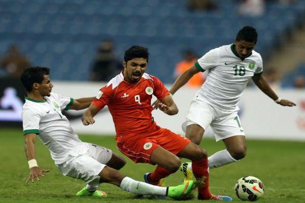 السعودية تكتسح البحرين وتتصدر المجموعة الأولى في خليجي 22