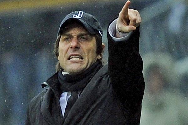 المدرب الإيطالي انطونيو كونتي مدرب يوفنتوس السابق