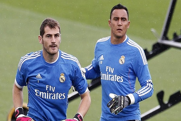 إيكر كاسياس يعود لحماية عرين ريال مدريد أمام فياريال