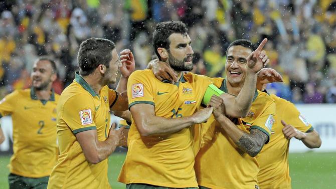 لاعبو استراليا في المباراة الافتتاحية ضد الكويت