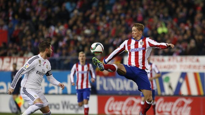 توريس شارك في التشكيلة الأساسية لأتلتيكو مدريد ضد الريال