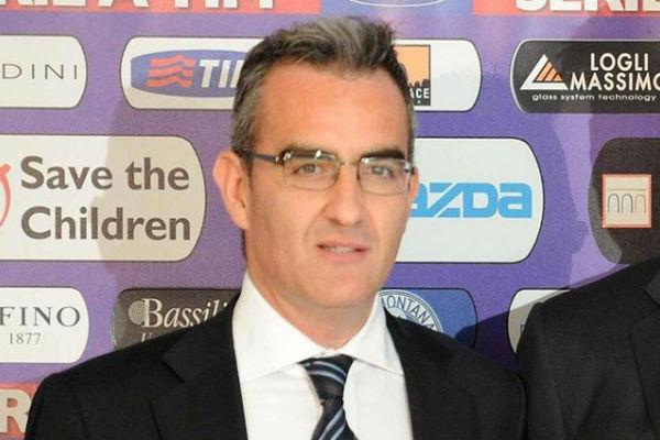 المدير الرياضي لفيورنتينا الإيطالي ماسيا
