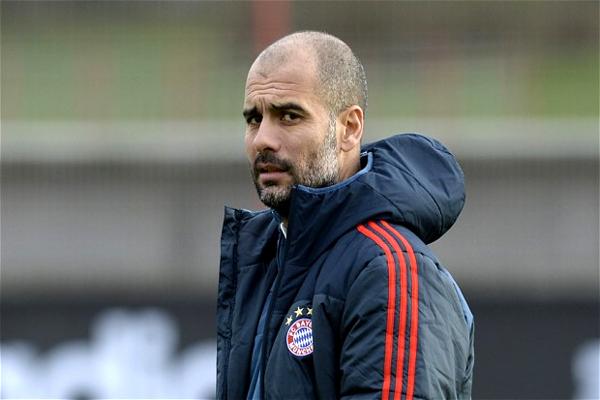 المدرب الإسباني بيب غوارديولا المدرب السابق لبرشلونة الإسباني والحالي لبايرن ميونيخ الألماني