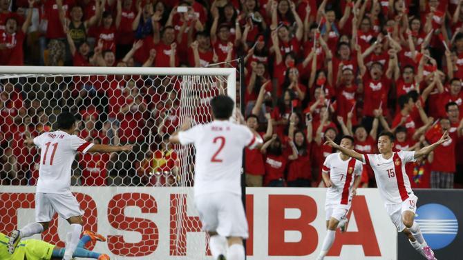 الصين تحجز بطاقتها إلى الدور الثاني من كأس أمم آسيا