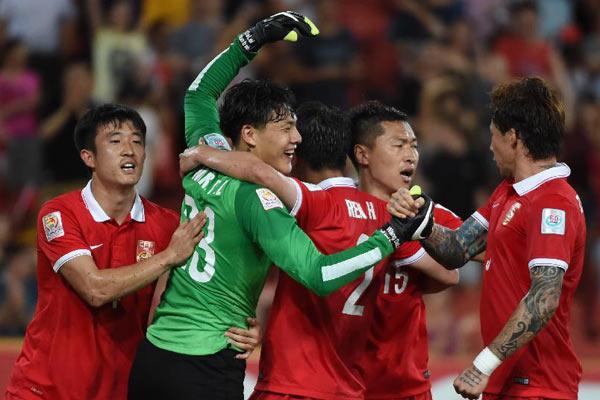 رجال بيران يسطرون أولى المفاجآت في كأسا آسيا 2015