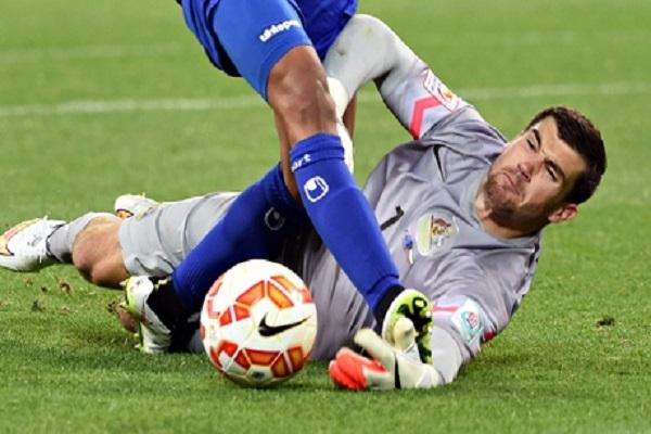ليفربول يرغب بضم حارس أستراليا بعد تألقه في كأس آسيا