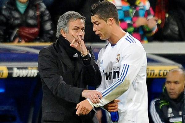 خلاف رونالدو مع مورينيو لم يكن الأخير في سلسلة صدام المدرب مع لاعبيه