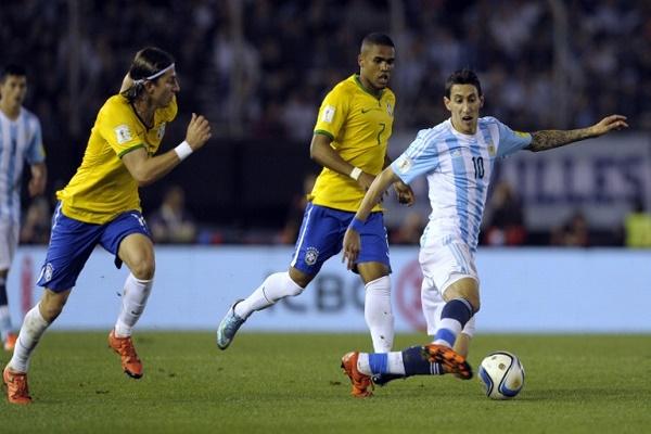 كلاسيكو الارجنتين والبرازيل ينتهي بالتعادل 1-1