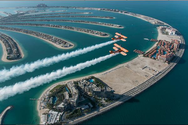 نجوم العالم يتوافدون على دبي للمشاركة في مونديال الرياضات الجوية