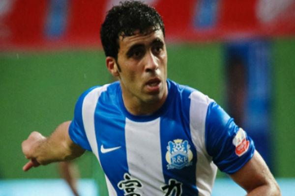 المغربي عبد الرزاق حمدالله لاعب غوانغجو الضيني