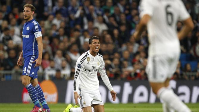 كريستيانو غاضباً في لقاء ريال مدريد وشالكه