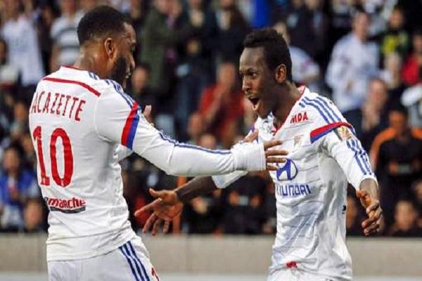 ليون يهزم باستيا ويتصدر مؤقتاً ترتيب الدوري الفرنسي