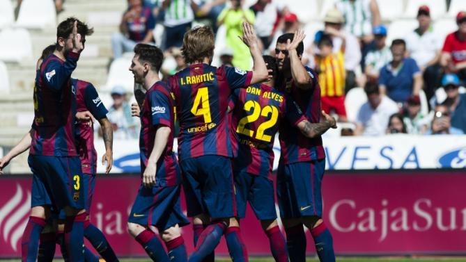 لويس سواريز أحرز ثلاثية في فوز برشلونة الساحق على قرطبة