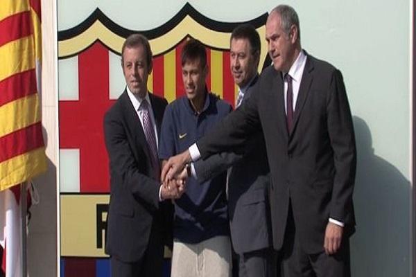 إحالة برشلونة ورئيسه إلى المحكمة