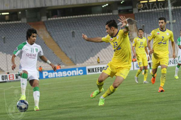 من مباراة نفط طهران والأهلي السعودي