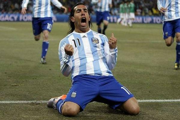 كارلوس تيفيز في قائمة الأرجنتين النهائية لكوبا أميركا