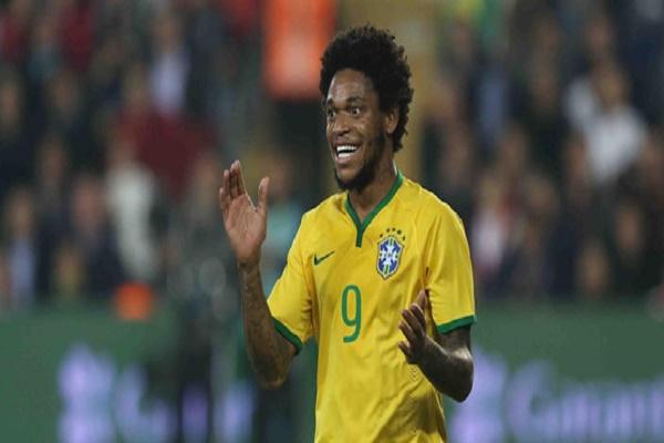 البرازيلي أدريانو لويز