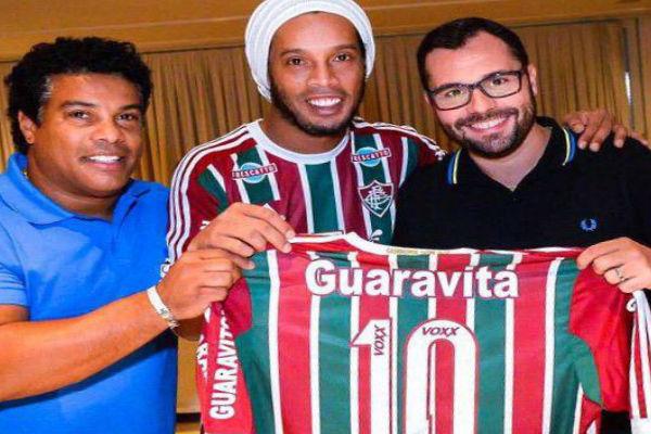 النجم البرازيلي رونالدينيو