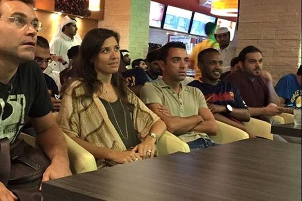 تشافي هيرنانديز ساند برشلونة عبر التلفاز من قطر