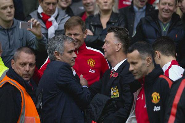 مورينيو يرغب بشدة في تدريب مانشستر يونايتد ويرفض العودة لريال مدريد