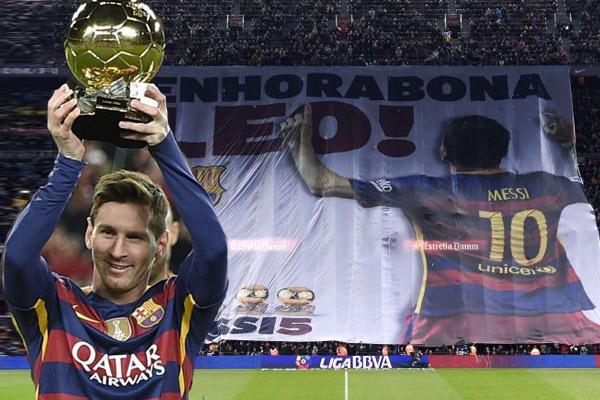 جماهير البارسا احتفلت مع ميسي بجائزة الكرة الذهبية لعام 2015