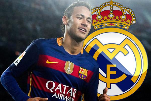 النجم البرازيلي نيمار مهاجم برشلونة الإسباني