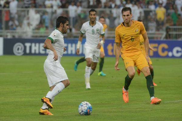 من مباراة السعودية واستراليا في جدة
