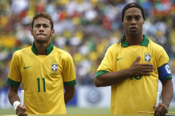 النجمان البرازيليان رونالدينيو ونيمار