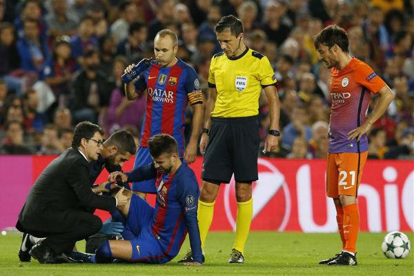 إصابة بيكيه تشكل ضربة موجعة لبرشلونة