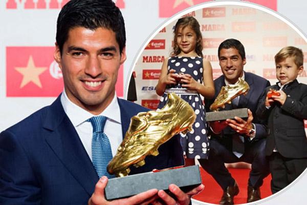 لويس سواريز يتوج بجائزة الحذاء الذهبي للمرة الثانية في مسيرته الكروية بعدما توج بها في موسم 2013/2014