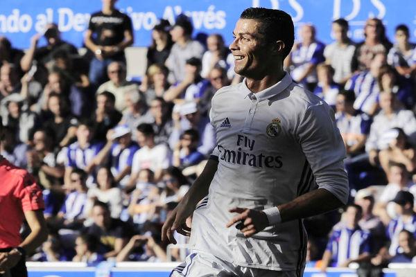 ريال مدريد يواصل صدارة الليغا منفرداً