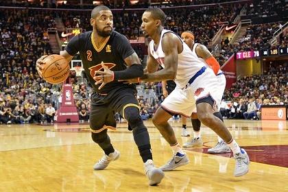 ووريرز يستعيد توازنه وفوز صعب لكليفلاند في دوري الـ NBA