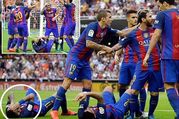 جماهير فالنسيا تعتدي على نيمار وسواريز بعد هدف ميسي القاتل