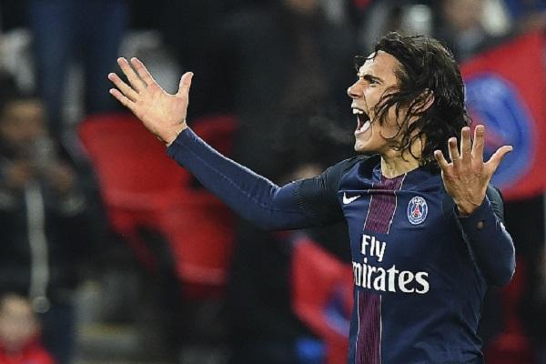 المهاجم الأوروغوياني إدينسون كافاني هداف نادي باريس سان جيرمان الفرنسي