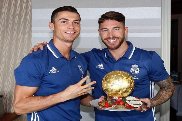 ريال مدريد يحتفل ب