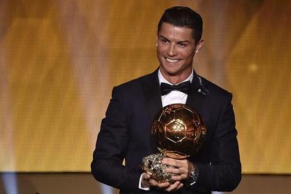 رونالدو يعترف: لم أتوقع الفوز بالكرة الذهبية الرابعة