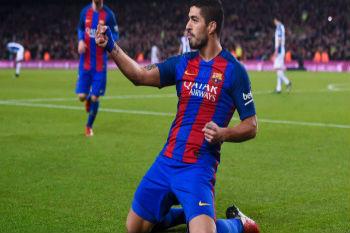 لويس سواريز يتفوق على أساطير برشلونة ويقترب من المئوية