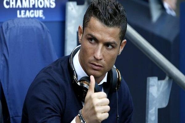 وكيل رونالدو قال إنه العرض تضمن راتبا سنويا 100 مليون يورو