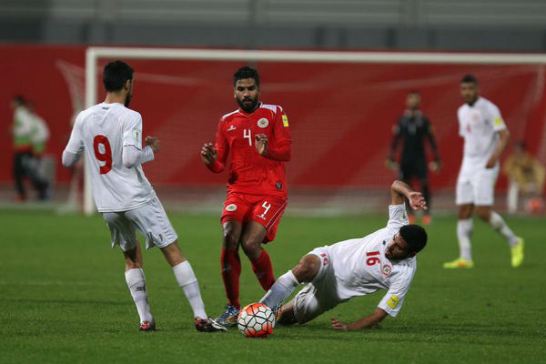 من مباراة البحرين ولبنان الودية