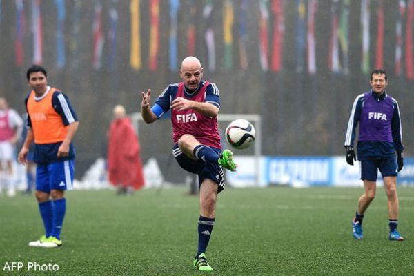 الرئيس الجديد للاتحاد الدولي لكرة القدم السويسري جاني إنفانتينو