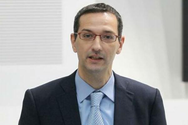 المدير الرياضي في اكاديمية اسباير الشهير ايفان برافو