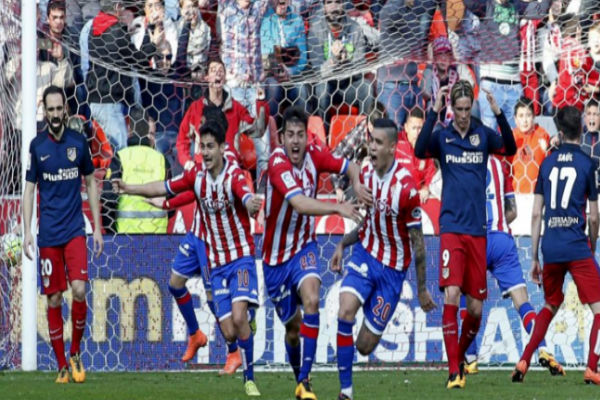 سبورتينغ خيخون يفلب الطاولة على أتلتيكو مدريد ويهزمه