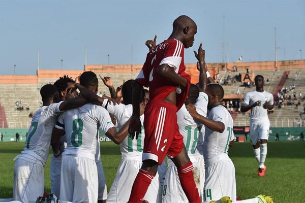 ساحل العاج حقق فوزا صعبا على ضيفه السوداني