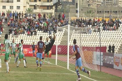 تكه جي يفرض النجمة في قلب المنافسة على لقب الدوري اللبناني