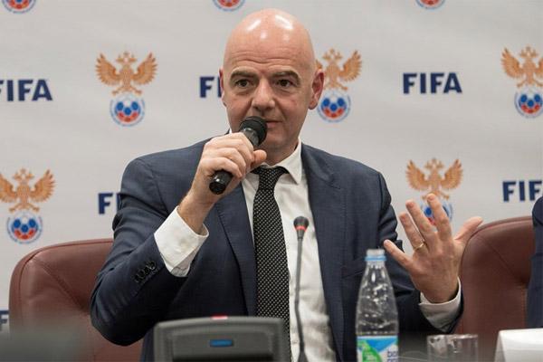 رئيس الاتحاد الدولي لكرة القدم (فيفا)، السويسري جاني انفانتينو
