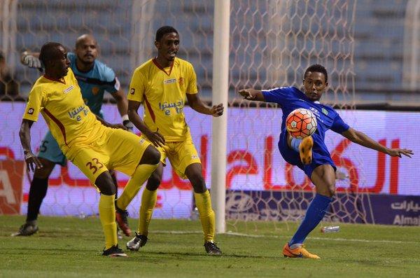 تعادل الفتح والقادسية في الدوري السعودي